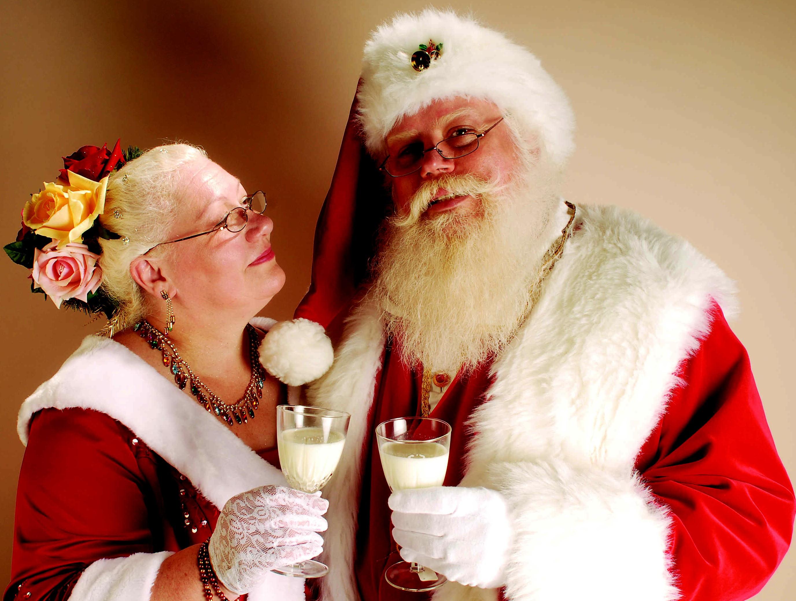 Mr. and Mrs. Santa Claus!  Photo by David Urhin.